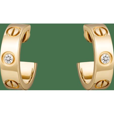 LOVE耳环,镶嵌2颗钻石